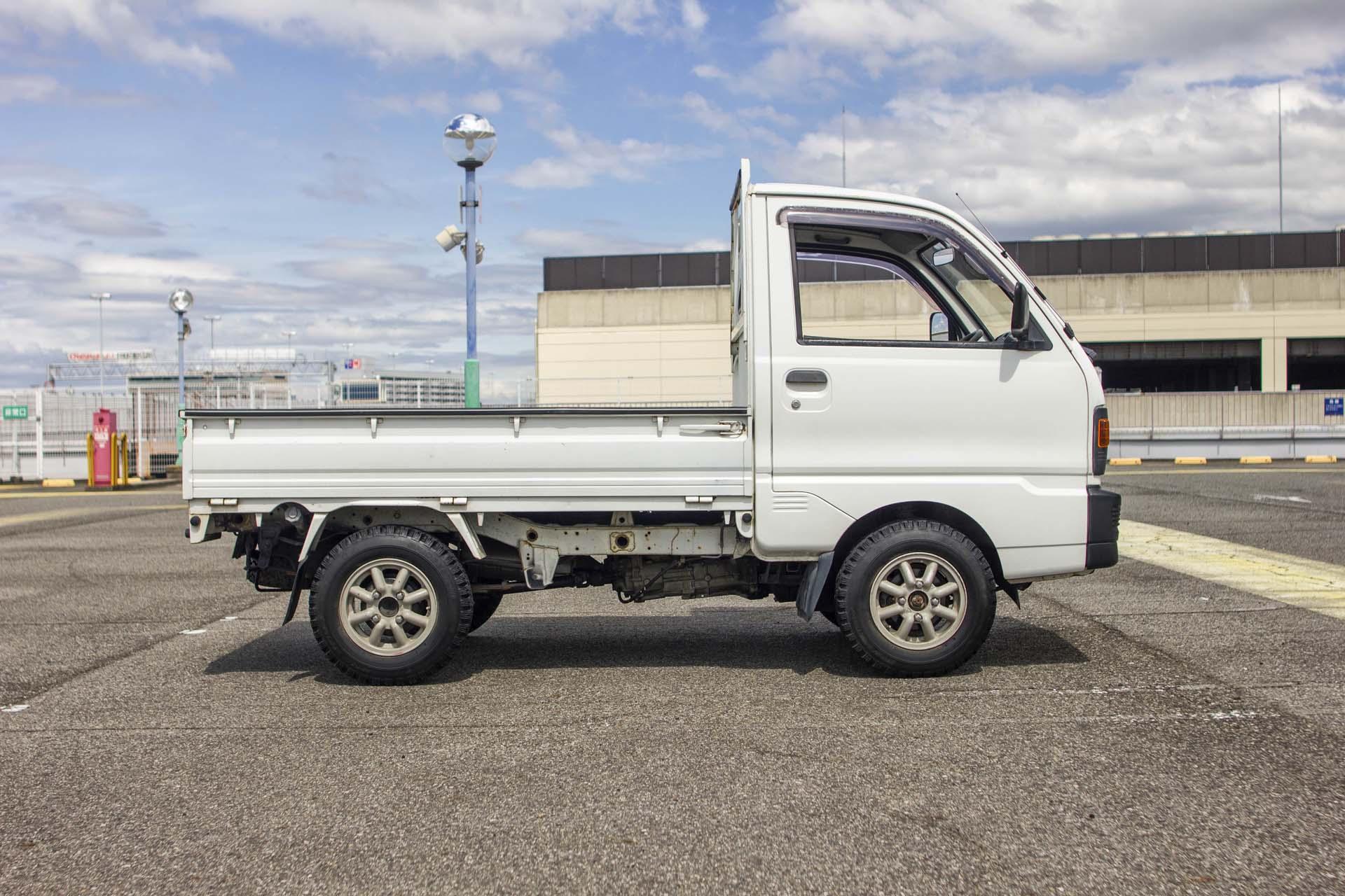 1991 MISTSUBISHI MINICAB TRUCK 4WD
