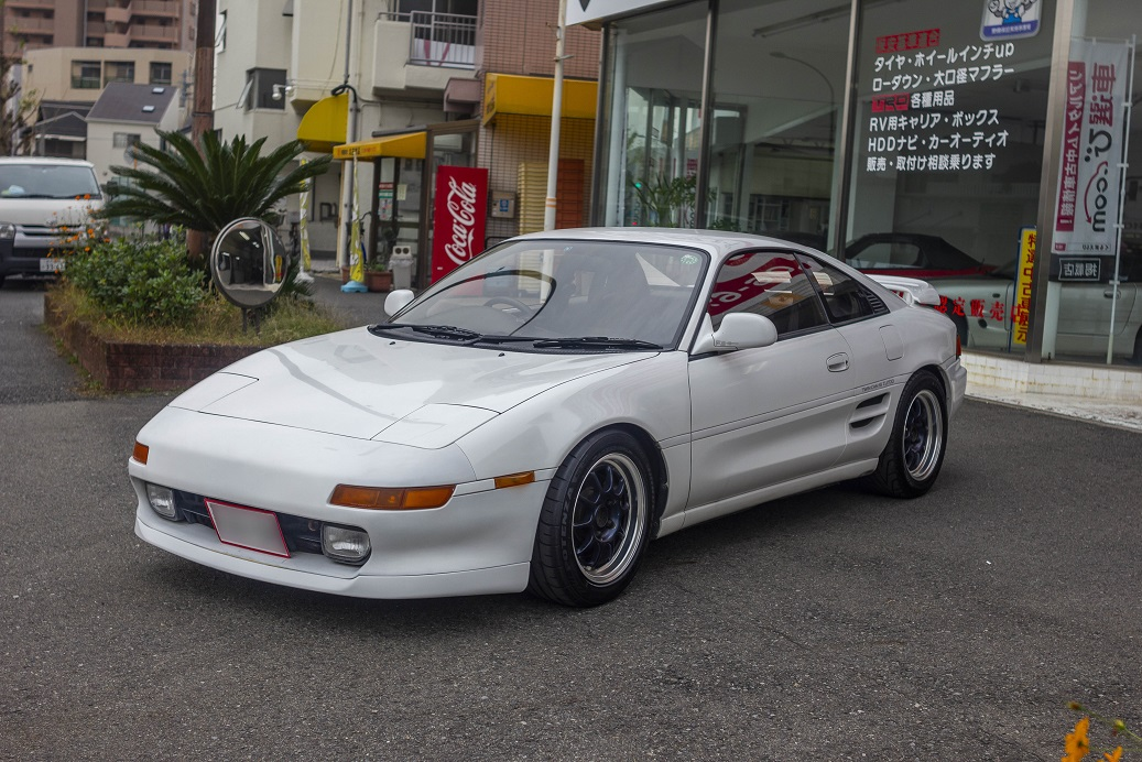 TOYOTA 1993 MR2 GT
