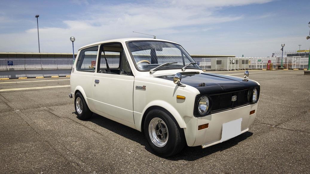 1980 MITSUBISHI MINICA 5.5